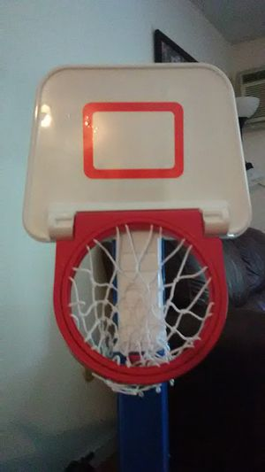 Stand up basketball hoop for Sale in Londonderry, NH