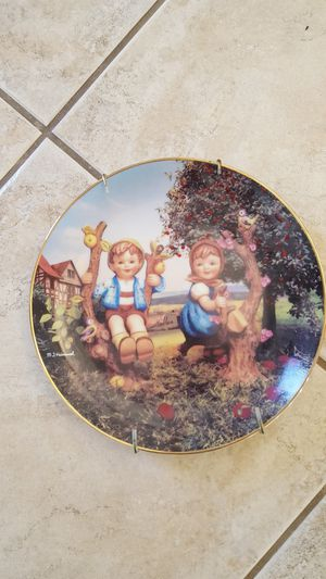 HUMMEL PLATE # 4750 for Sale in Escondido, CA