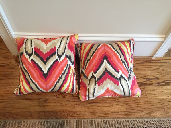 Handmade pillows 10$ each 3 for 21$