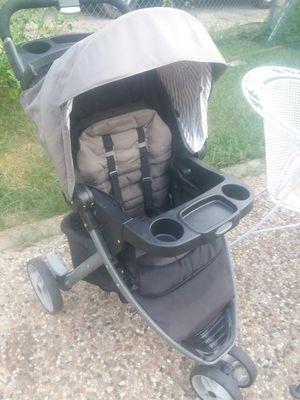 graco modes 3 lite baby stroller black/grey for Sale in Haltom City, TX