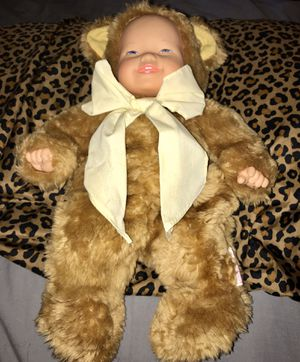 ANNE GEDDES PLUSH BABY BEAR DOLL WITH YELLOW BOW, REMOVABLE BEAR SUIT for Sale in Long Beach, CA