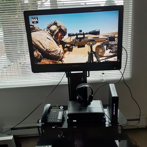 Hdmi tv and stand for Sale in Auburn, WA