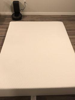 Memory Foam Mattress Queen Size Medium Firm for Sale in Shoreline,  WA