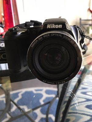 Nikon digital coolpix camera and case for Sale in Lake Alfred, FL