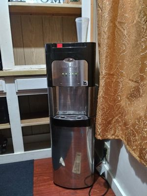 Water cooler for Sale in Woodville, CA