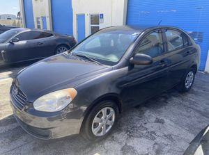 2009 Hyundai Accent!!!! Clean title!!!! Ice cold ac!!!! Great reliable affordable transportation!!!! for Sale in Pompano Beach, FL