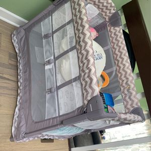 Arms Reach Co-Sleeper LIKE NEW for Sale in Union, NJ