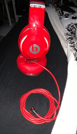 Beats wired Headphones! Little wear but barely used... for Sale in Sunnyvale, CA