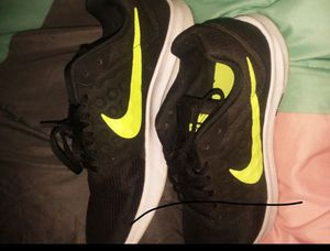 Men's Nike running shoes like new for Sale in Columbus, OH