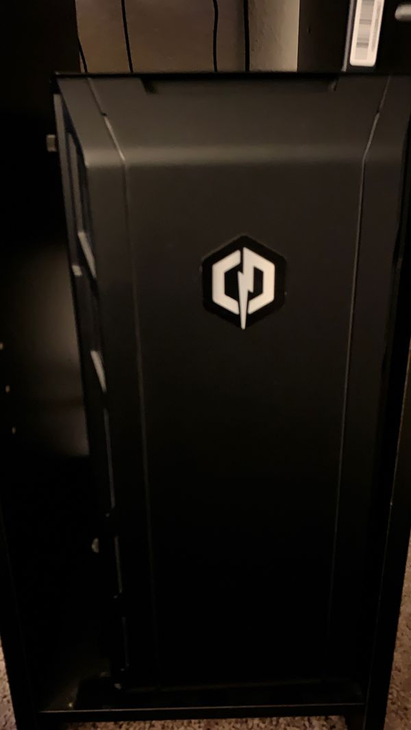 Selling cyber gaming pc with monitor and sound bar