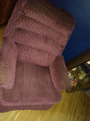 Matched set Couch and recliner for Sale in Lime Springs, IA