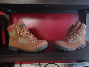 Chicken & broccoli size 12 worn with visible scuffs, but still good condition great for outdoor work boots for Sale in The Bronx, NY