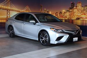 2018 Toyota Camry for Sale in Fremont, CA