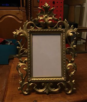 Picture frame for Sale in Portland, TN