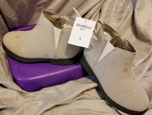 OSHKOSH GIRLS BOOT SZ 9 for Sale in Memphis, TN