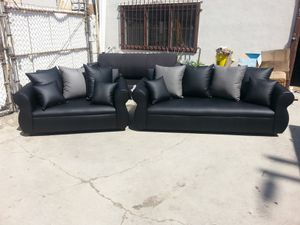 NEW BLACK LEATHER COUCHES for Sale in Victorville, CA
