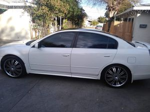 Vendo Nissan altima año 2004 millas165 for Sale in El Monte, CA