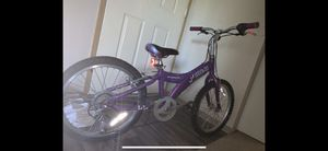 Giant MTX one twenty five girls bike for Sale in Lakewood, WA