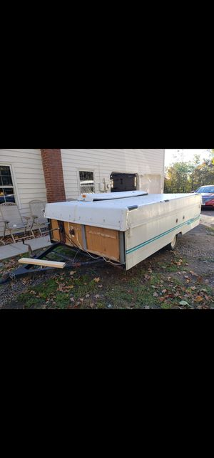Pop up camper for sale 400 obo price is negotiable for Sale in Watertown, CT