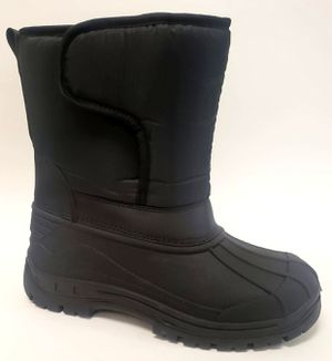 Snow boots kids sizes boy and girl 11,12,13,1,2,3,4 kids sizes for Sale in Bell, CA