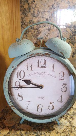 CLOCK BEACH NAUTICAL ANTIQUE STYLE DISTRESS METAL DECOR RARE BLUE for Sale in Torrance, CA