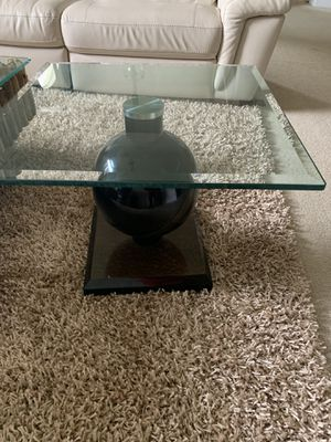 """Glass Coffee Table End Table Unique 20"""" H by 25.5"""" W $50 for Sale in Winter Garden, FL"""