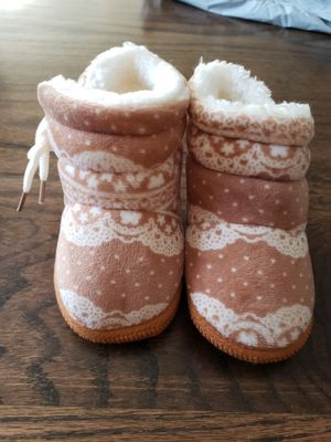 Baby girl warm fur slip on boots for Sale in Rogersville, MO