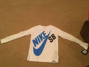 Nike SB long sleeve t-shirt for Sale in Fairfax, VA
