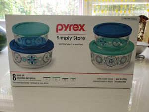 Pyrex 8 piece simply store containers for Sale in Woodbridge Township, NJ
