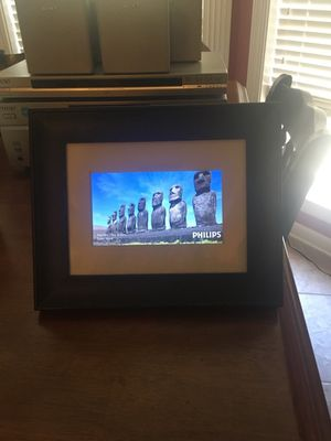 Phillips Digital picture frame for Sale in LRAFB, AR
