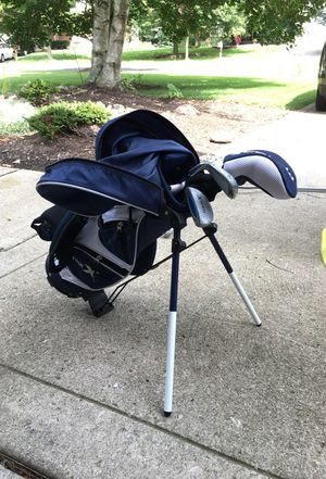 Toddler/youth TourX EZ-CADDY w/3, 7, & putter for Sale in Dublin, OH