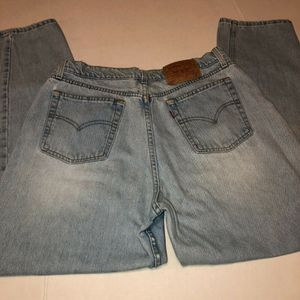 VINTAGE Levi's light blue jeans denim Style 560 Loose Fit Straight Leg 16 Reg M for Sale in Albany, OR