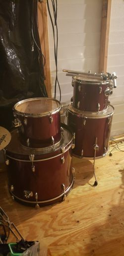 Ludwig 4 Pieza for Sale in Bonita Springs,  FL