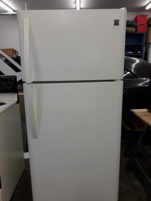 Kenmore Refrigerator/Freezer for Sale in Bonney Lake, WA