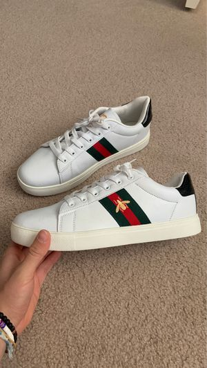 Gucci Ace Sneaker ONLY WORN 2x for Sale in Bothell, WA