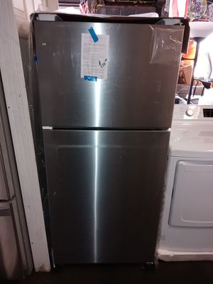 stainless steel brand new Whirlpool refrigerator for Sale in Philadelphia, PA