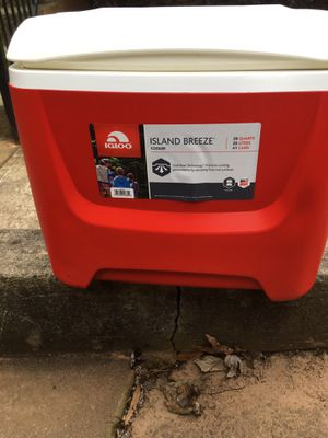 Igloo cooler for Sale in Atlanta, GA
