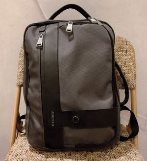 VAN HUESEN Laptop Backpack / work and office bag for Sale in Metuchen, NJ