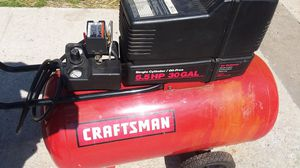 Air compressor no compression no making pressure need to be fix sell as is for Sale in Kansas City, MO