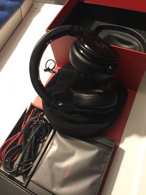 Beats studio pro for Sale in Los Angeles, CA