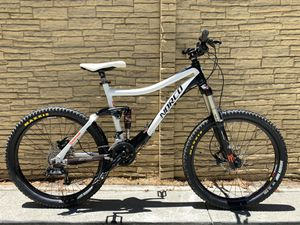 Norco LT 6.1 mountain bike full suspension for Sale in Los Angeles, CA
