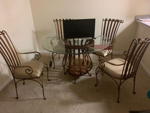 Iron antique Table for Sale in Nashville, TN