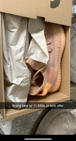 Brand new Yeezy clay sz 11 $320 for Sale in Alexandria, VA