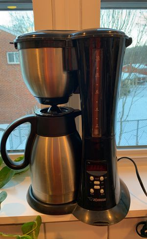 Zojirushi Programable Coffee Maker with Thermos for Sale in Braddock, PA