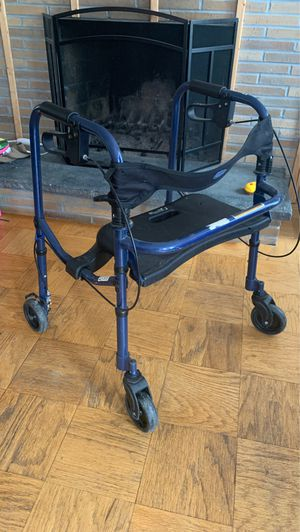 Walker WITH BRAKES for Sale in West Hartford, CT