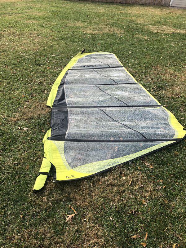 Chinook power glide windsurfing sail
