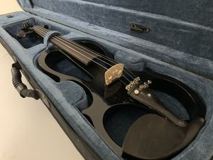 Full Size 4/4 Black Electric Violin for Sale in Rancho Cucamonga, CA