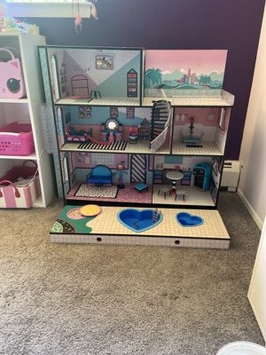 LOL DOLL House for Sale in White Plains, NY