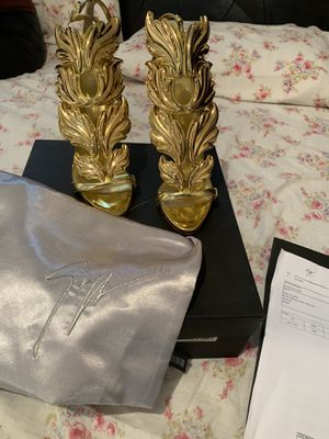 Guiseppe Zanotti size 6 for Sale in Oakland, CA