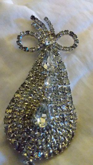 Silver & rhinestones brooch for Sale in Richmond, CA
